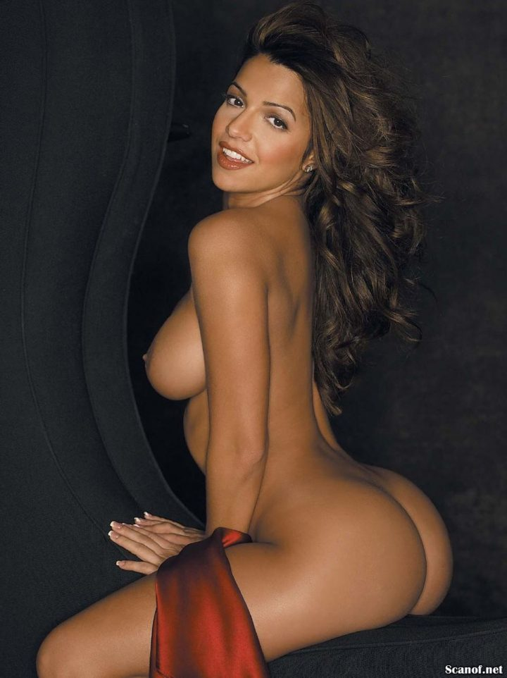 19 Stunning Vida Guerra Nude Pics You Should See