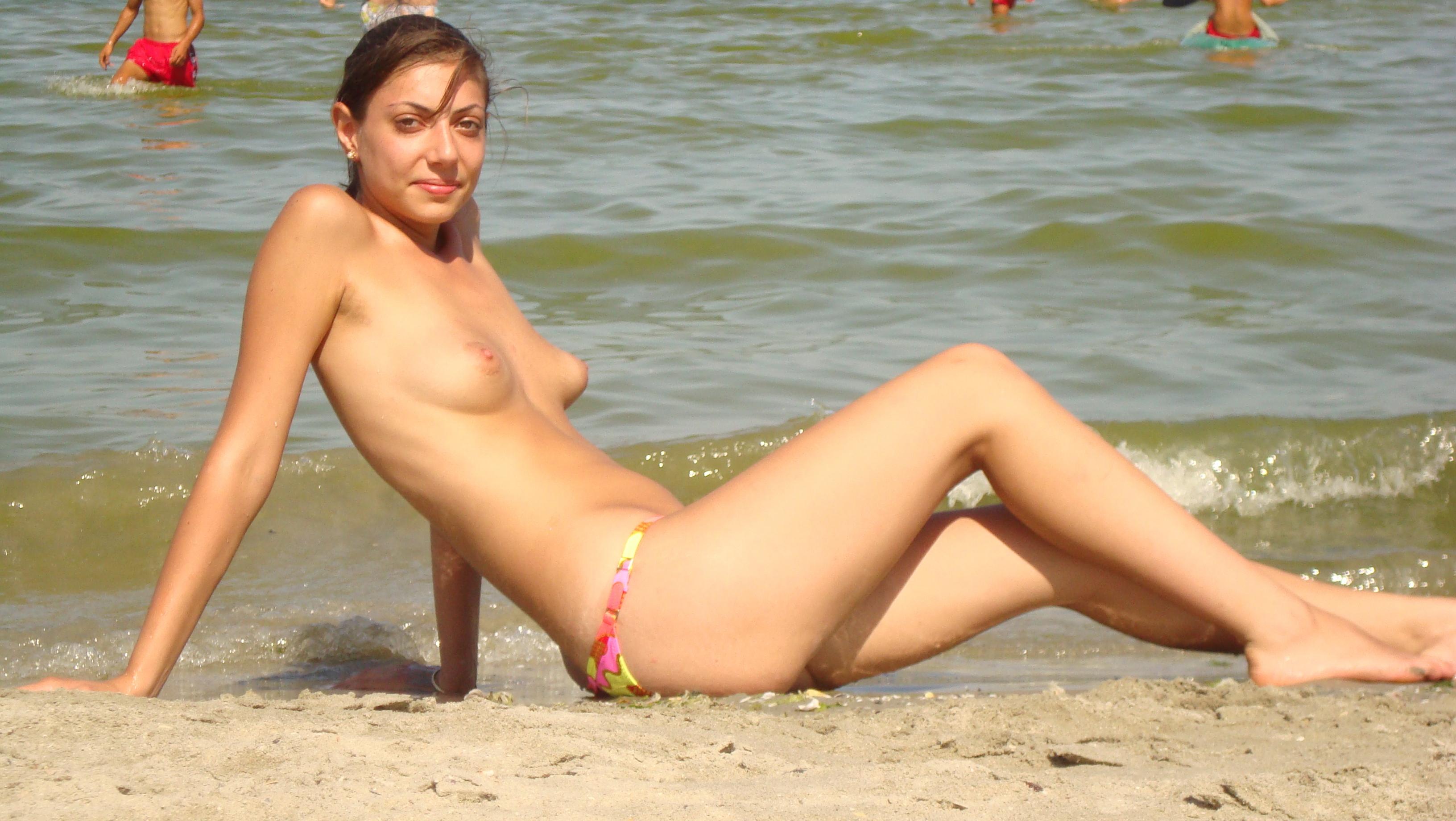 naked women vidio games