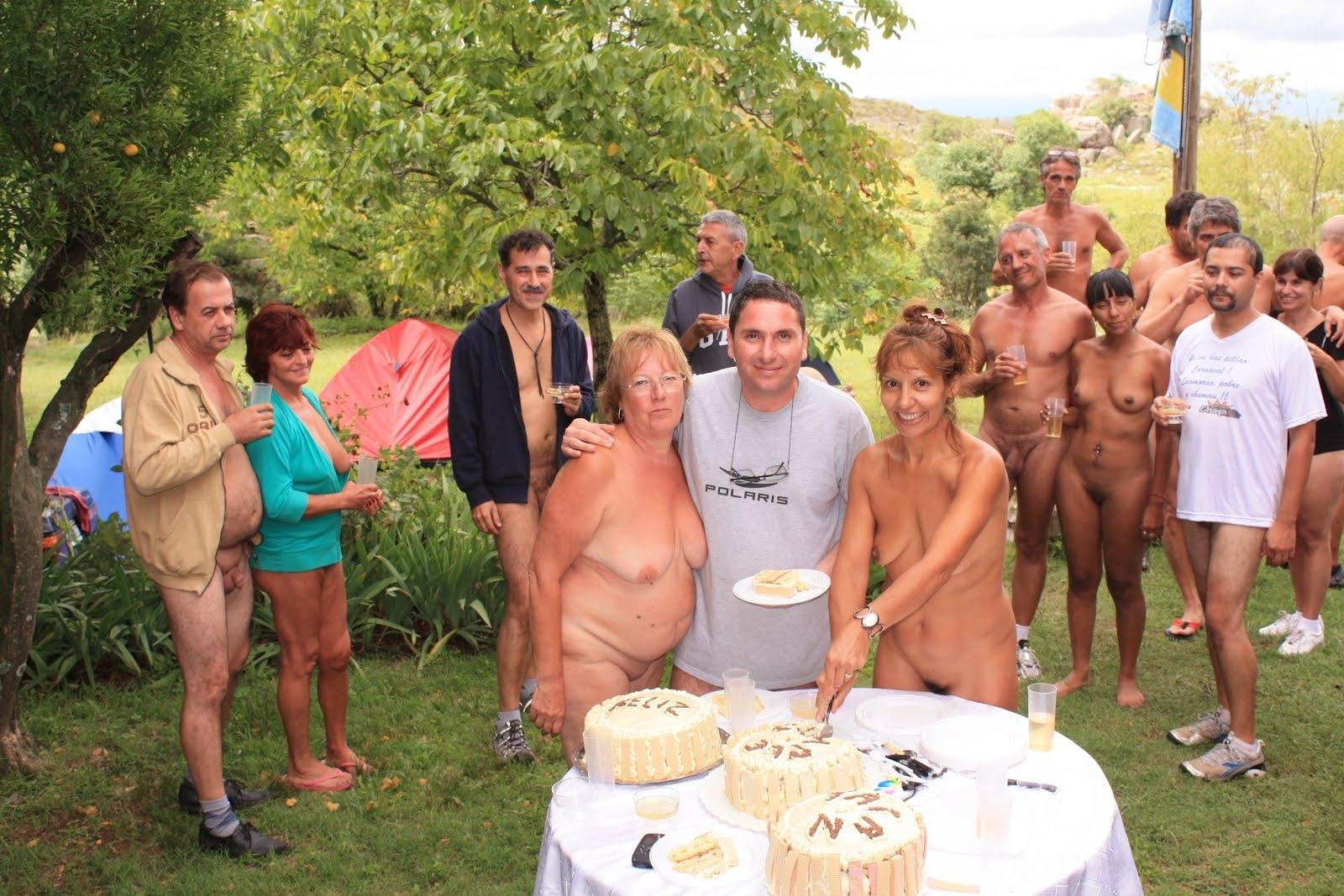 Nude family feel — 12