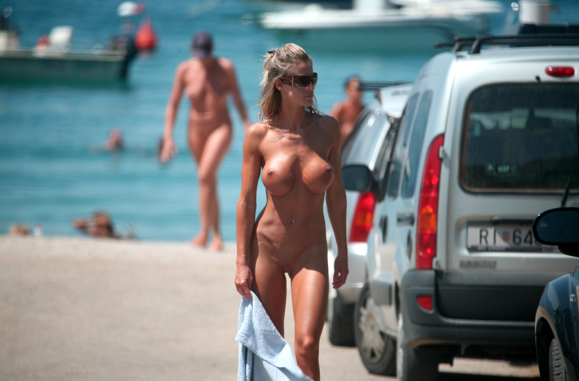 nude-women-caught-on-beach-i-fuck-your-wife-porn