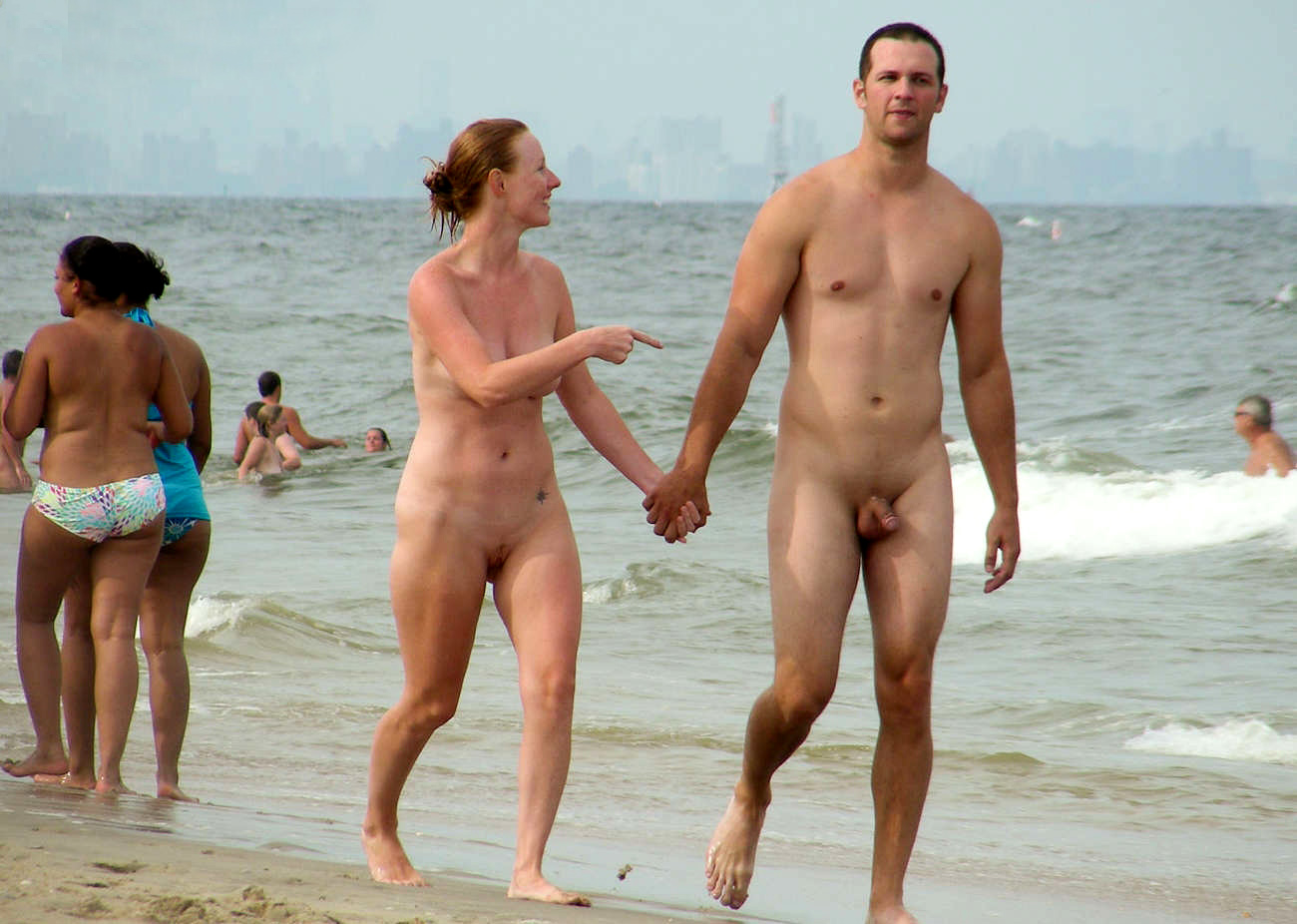 nude-beaches-with-families