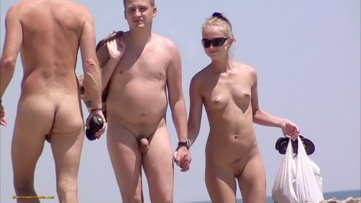 Nudism amateur – girls beach