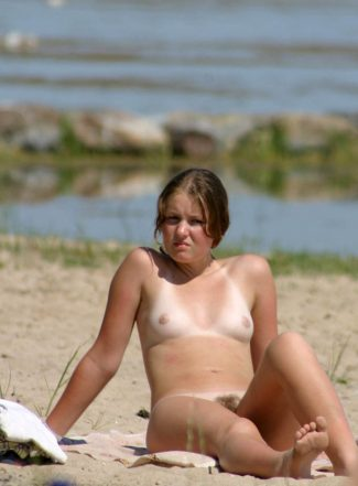 Nudist Camp – young girls – Crimea!