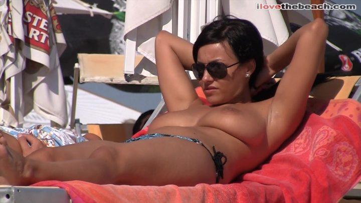 European beach nudism, topless babes!